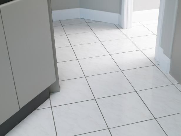 How To Use Vinegar For Cleaning Porcelain Or Tile Floors Goshens